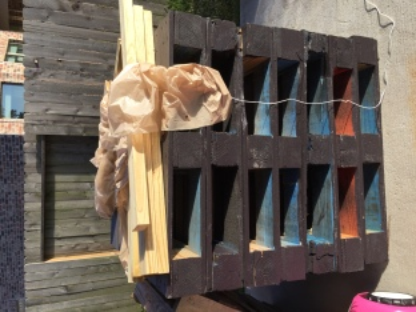 Pallets & wood